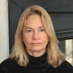 Paula MacLean